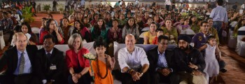 2013 Largest World Peace event for students in history in Mumbai, India, with over 10,000 students from over 10 countries